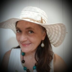 Women's White Sunhat Lacy Look Leather String Tie